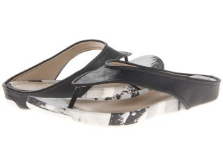Kenneth Cole Reaction Water Park Womens Sandals (Black)