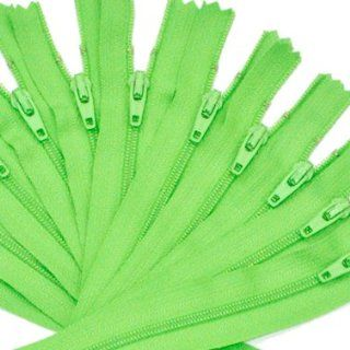 "6.5"" Zipper YKK #3 Nylon Coil Zippers ~ Closed Bottom ~ (536) Spring Green (12 Zippers / Pack)"