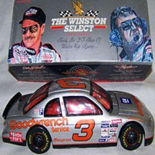 Dale Earnhardt Limited Edition Silver Diecast Car 124 Sports & Outdoors