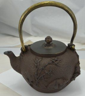 Cast Iron Tea Pot (Teapot) / Kettle (Teakettle)   Panda & Bamboo, Light Brown Kitchen & Dining
