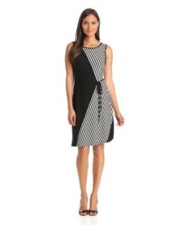 Sandra Darren Women's Sleeveless Knit Dress, Black/White, 8