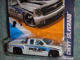 HOT WHEELS 2012 MAIN STREET SERIES CITY OF YUNA ARIZONA POLICE CHEVY SILVERADO TRUCK DIE CAST Toys & Games