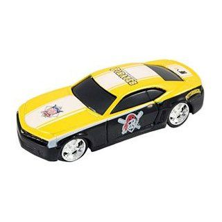 MLB Pittsburgh Pirates 164 Camaro Die Cast Car  Sports & Outdoors