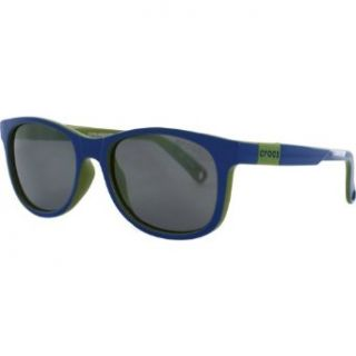 Crocs C010 Kids Sports Sunglasses/Eyewear   Shiny Sea Blue & Parrot Green/Smoke Flash Mirror / One Size Fits All Clothing