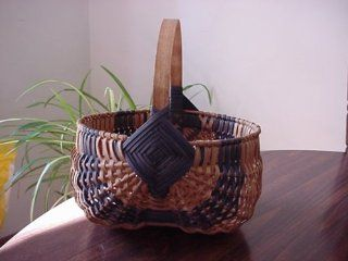 "Amish Hand Woven Egg Basket 20"" X 18"". This Traditional Basket Has Also Been Called Buttocks Egg Basket, Fanny Basket, Peanut Basket, Gizzard Basket, Bow Basket and Melon Basket. The Design of This Unique Basket Will Transform an Ordinary Room In"