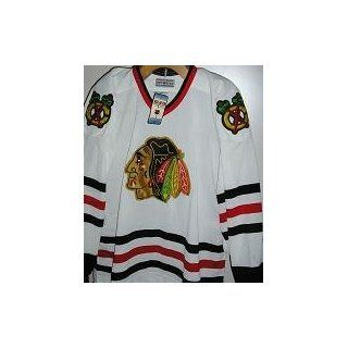 Chicago Blackhawks Authentic Vintage CCM Jersey 52  Hockey Equipment  Sports & Outdoors