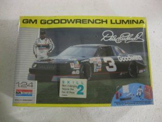 Monogram Dale Earnhardt #3 GM Goodwrench Lumina 124 Scale Model Kit Number 2927 Toys & Games