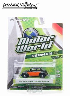 Greenlight Motor World 164 Scale Series 10   Volkswagen Classic Beetle Toys & Games