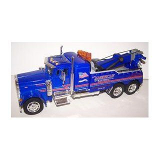 Jada Toys 1/32 Scale Peterbilt Model 379 Tow Truck american in Color Blue Toys & Games