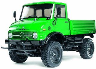 Mercedes Benz Unimog 406 Kit CC01 Toys & Games