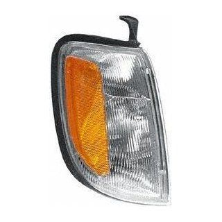 98 00 NISSAN FRONTIER truck CORNER LIGHT RH (PASSENGER SIDE) SUV (1998 98 1999 99 2000 00) 18 5221 00 261207Z425 Automotive