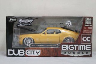 1970 Ford Mustang Boss 429 124 New Diecast Car Yellow Toys & Games