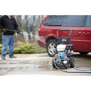 NorthStar Gas Cold Water Pressure Washer — 3300 PSI, 3.0 GPM, Honda Engine, Model# 15781820  Gas Cold Water Pressure Washers